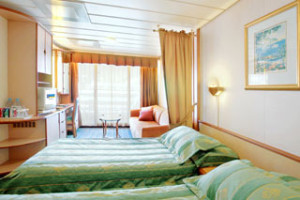 royal-caribbean_legend-of-the-seas_CABIN_6156